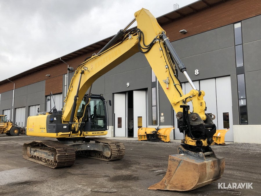 Bandgrävare New Holland Kobelco E215C