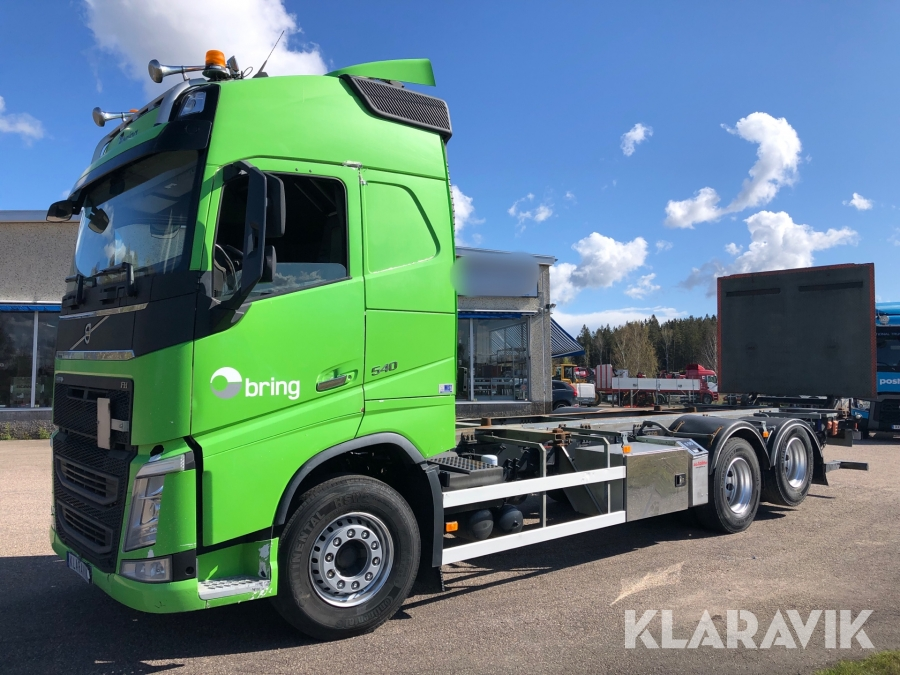 Containerbil  Volvo FH 540 med bakgavellyft